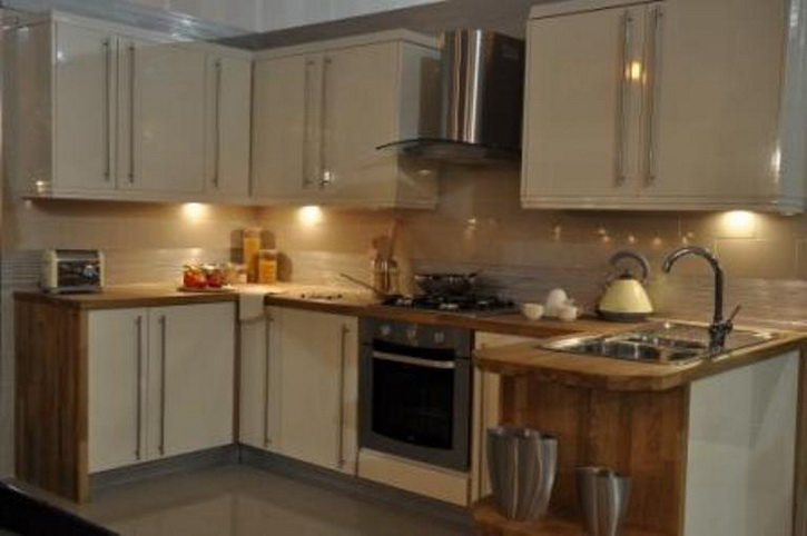 Kitchens bristol cheap kitchens bristol kitchen units for Cheap kitchen unit doors